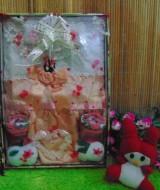paket kado bayi peach putih cantik 60 terdiri dari dress bayi cantik,bando bayi cantik,dan kaos kaki boneka,cocok banget utk kado