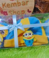 FREE KARTU UCAPAN hadiah lahiran kado bayi baby gift set topi sepatu newborn new born 0-6bulan motif minnions