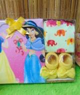 FREE KARTU UCAPAN paket kado bayi baby gift set box (1)