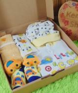 Hampers Romper Baby Gift Kado Lahiran Bayi Newborn Warna Random FREE UCAPAN (3)
